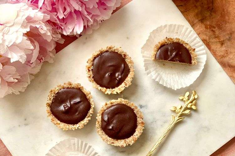 peanut butter biscuit cups