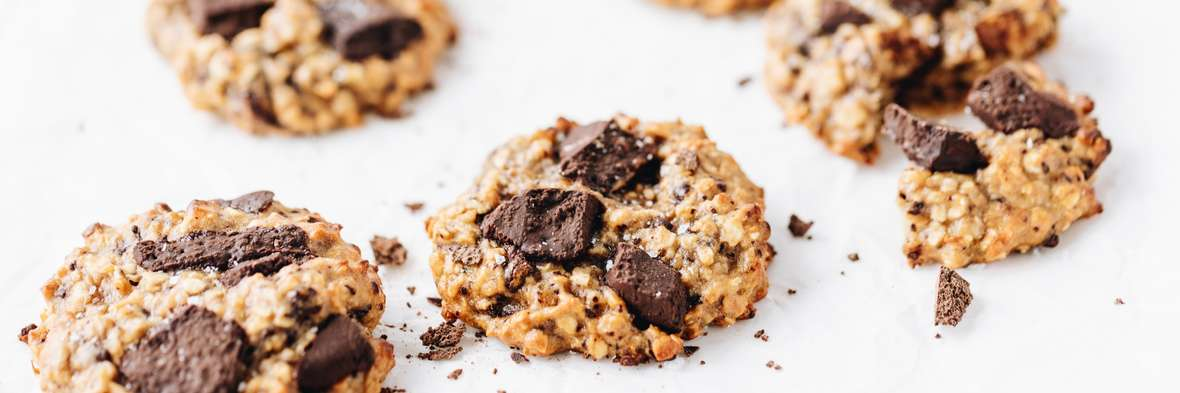 protein cookies with bowl of collagen powder